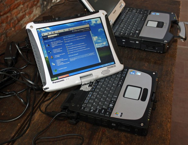 panasonic_toughbook_cf19_1